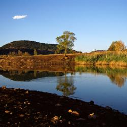 Jezero Salagou, Mourèze