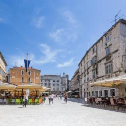 People's Square - Pjaca