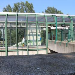 Friedensbrücke Metro Stop