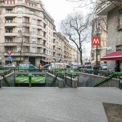 Stazione Metro Piola