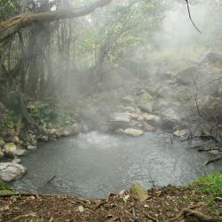 Rincon de la Vieja Volcano, Colonia Dos Ríos