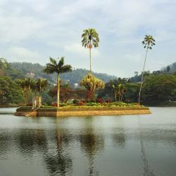 Озеро Канді, Канді