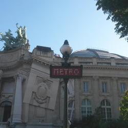 Σταθμός Μετρό Champs Elysees-Clemenceau