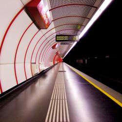 Südtiroler Platz - Hauptbahnhof Metro Stop