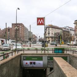 Stazione Metro Caiazzo