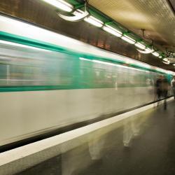 Mairie de Saint-Ouen Metro Station