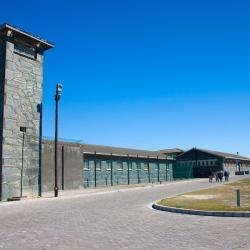 Robben Island Museum, Bloubergstrand