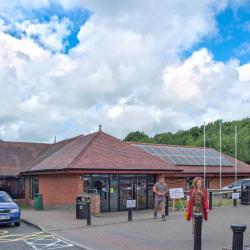 Clacket Lane Services M25