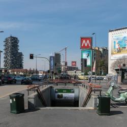 Stazione Metro Gioia