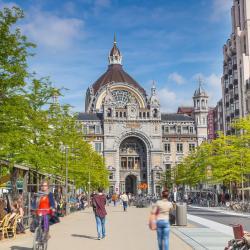 Astrid Square Antwerp