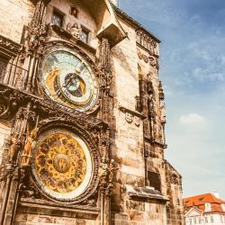 Prager Rathaus mit astronomischer Uhr