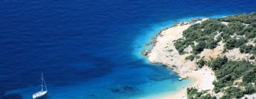 Hotels in Cres Island