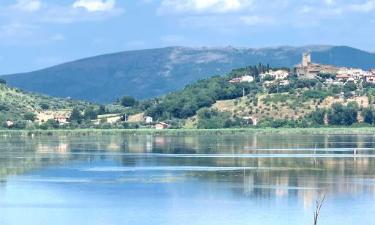 Lantgårdar i Lago Trasimeno