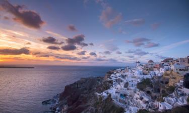 Resorts in Santorini Caldera