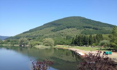 Hotels in Lake Vico
