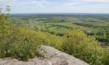 Hotéis em: Ottawa and Countryside