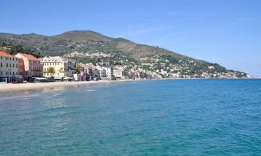 Hotell med pool i Riviera delle Palme