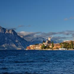 Lake Garda 176 guest houses