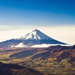 Cotopaxi 5 country houses