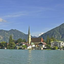 Tegernsee 13 hotels with pools