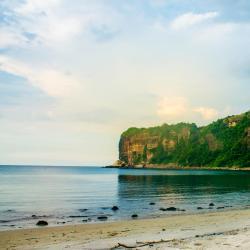 Cavite 13 resorts