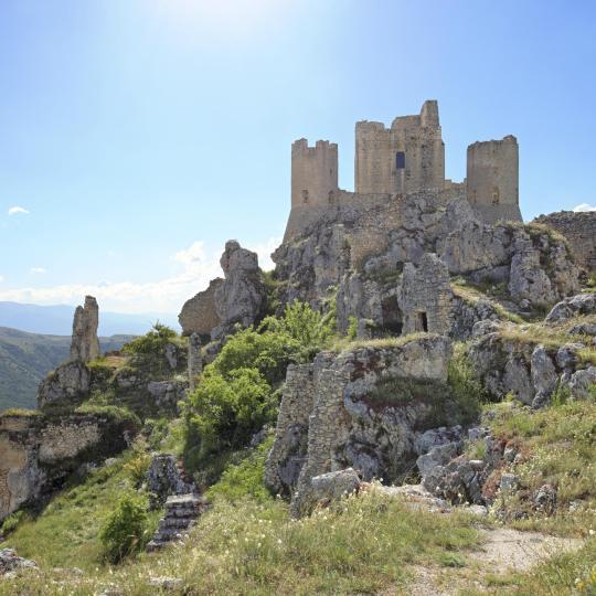 Rocca Calascio, det högst belägna fortet i Apenninerna