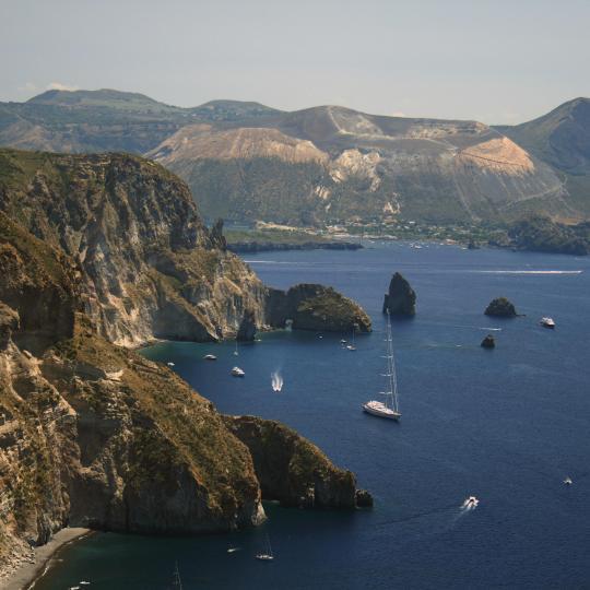 Sisiliaa ympäröivät saaret