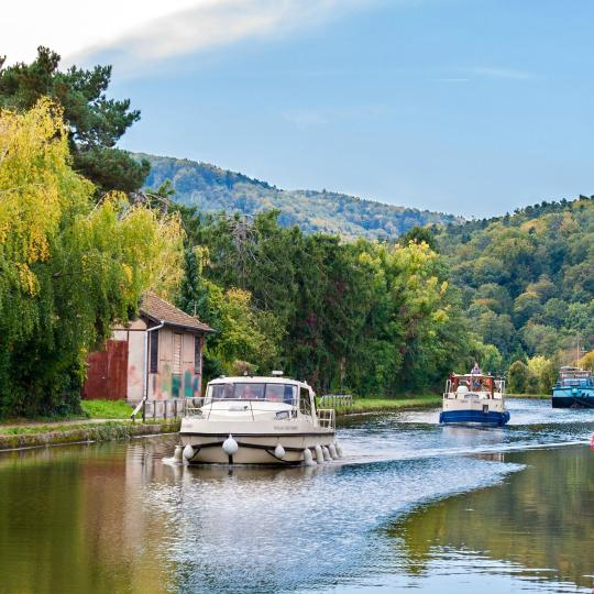 Boat trips on the Canal des Vosges