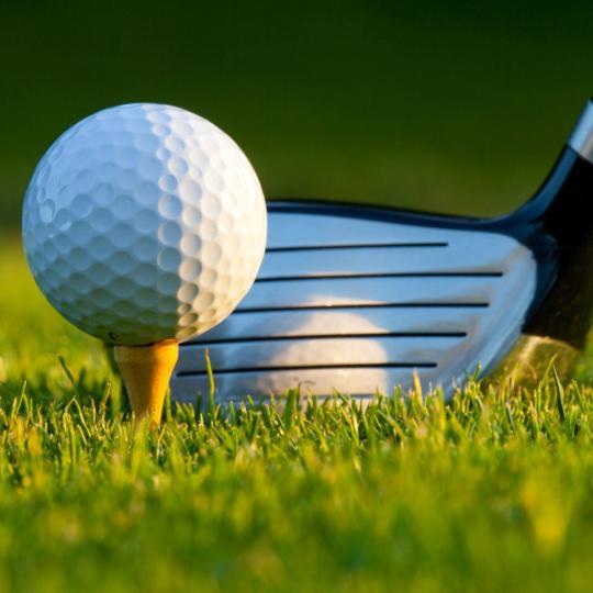 ヴァール県でゴルフ