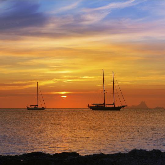 トッレ・デル・ピラータから望む夕日