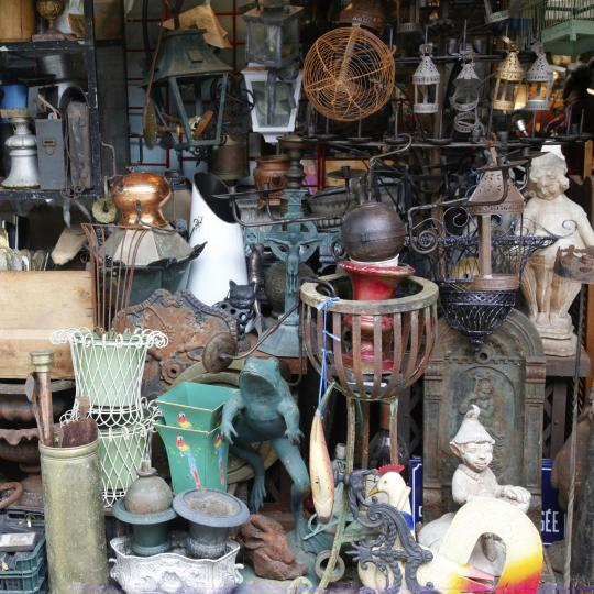 Buscar tesoros en el mercadillo de Saint-Ouen