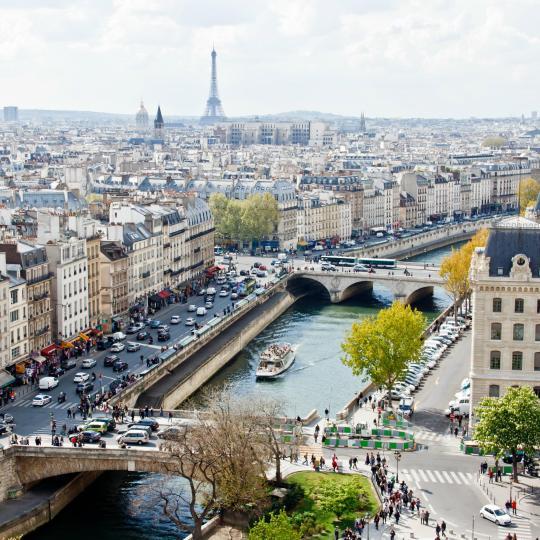 De turismo en París