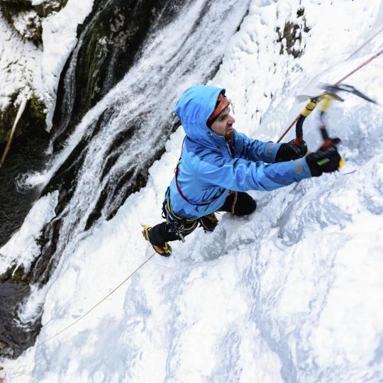 Escalade sur glace à San Martino di Castrozza