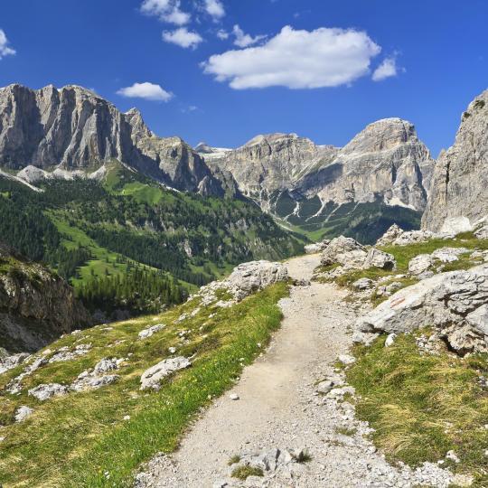 La Route des Légendes dans les Dolomites