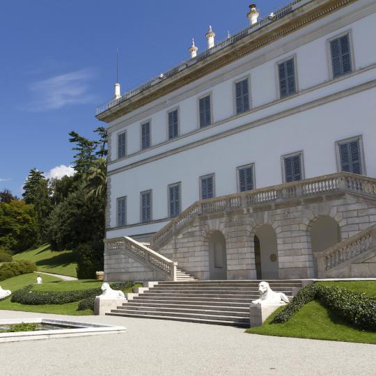 Gaze at Villa Melzi's façade and floral delights
