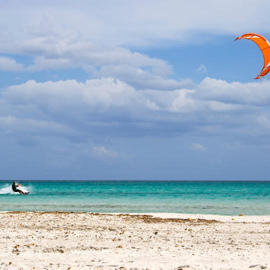 Kite and Windsurfing in Porto Pollo