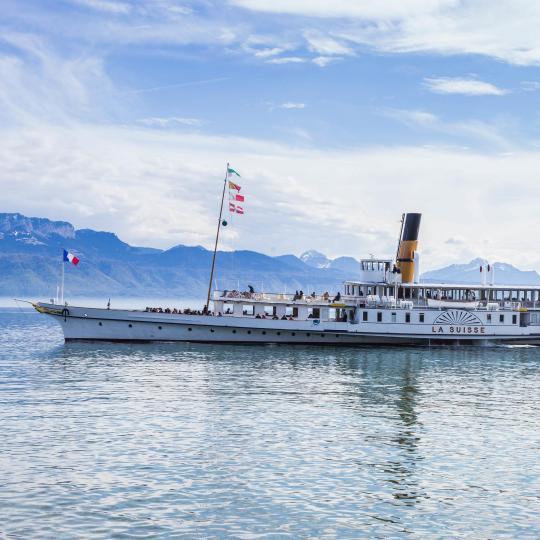 Steam boat cruises