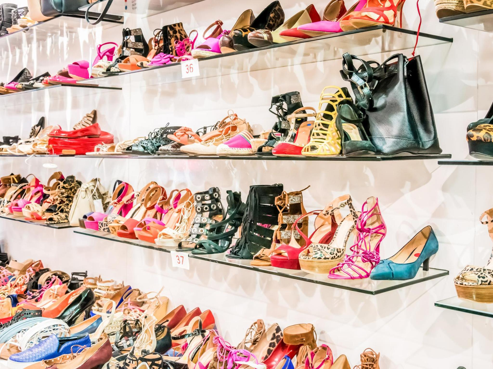 alquiler asqueroso crédito  5 of the world's best shoe shopping spots | Booking.com