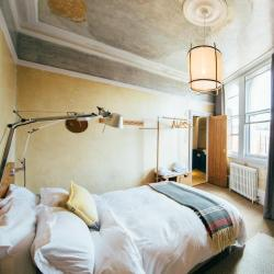 Budget hotels  27 budget hotels in Latin Quarter