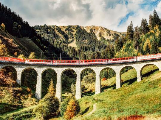 기차여행의 진수: 스위스 빙하특급