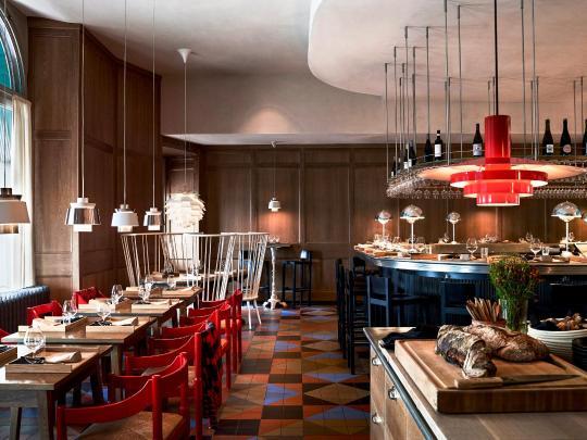 11 отельных ресторанов со звездами Мишлен