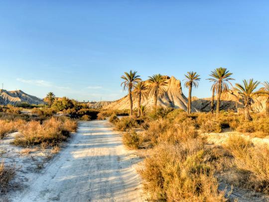 Тур по самым завораживающим пустыням Европы