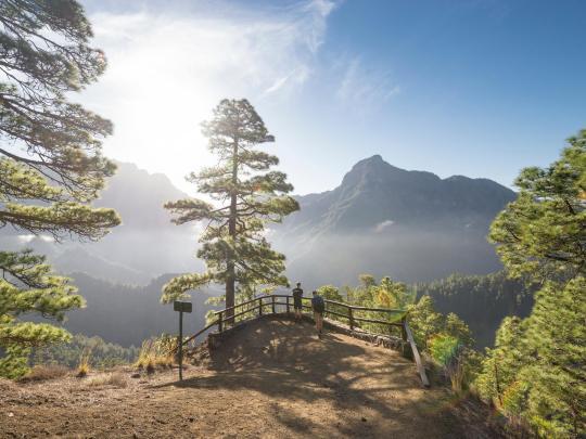 5 destinos para disfrutar del sol en España
