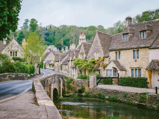 5 top stops on a Cotswolds road trip