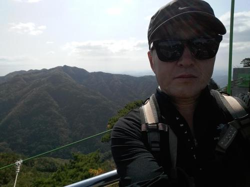 Seunghan Han