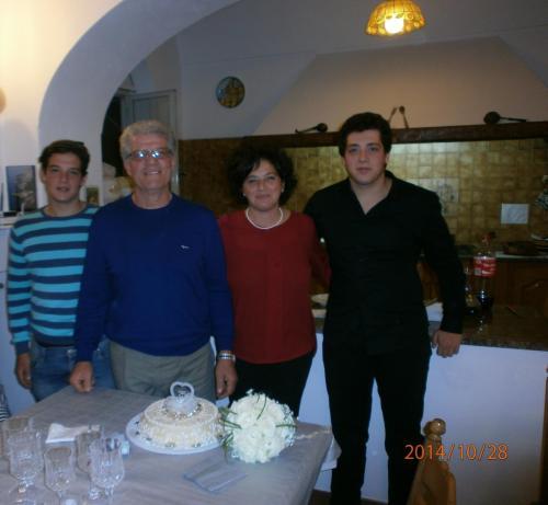Luca, Gaetano, Laura e Antonio