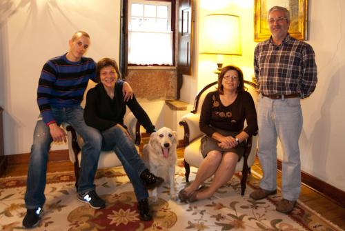 Manuel, Maria José, Filipe, Shabrina e BB