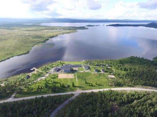 Nuoriso- ja Luontomatkailukeskus Vasatokka