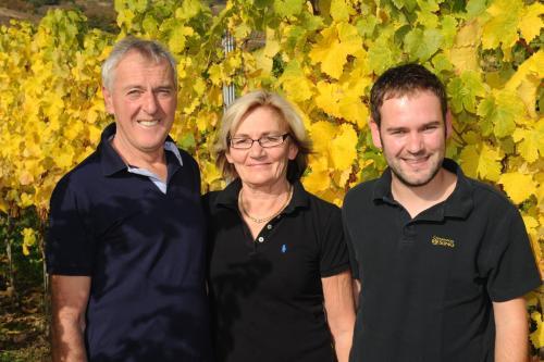 Familie Adamy Wolfgang, Johanna und der Jungwinzer Marco