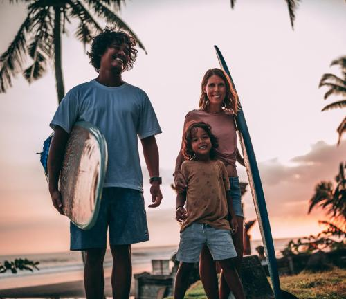 Adi & the Quiet Leaves Surf Family
